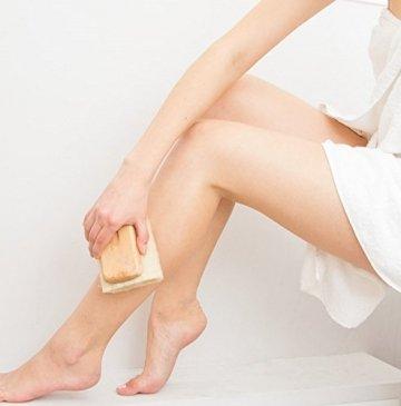 Luffa Rückenbürste Körperbürste Badebürste Rückenschrubber mit langem Holz-Stiel (abnehmbar), Dusch- Bad und Sauna Bürste für Körper und Rücken mit Anti-Cellulite Effekt für eine schöne Haut, Wellness für Männer & Frauen, vegan - 8