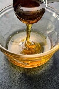 Honig gegen Rasurbrand